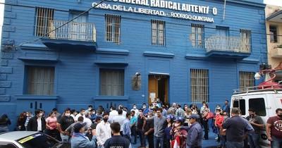 La Nación / Alegre convoca y desconvoca a miembros del nuevo Directorio