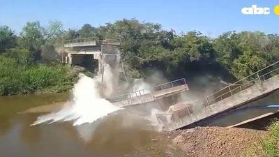Otro puente se viene abajo y esta vez MOPC se deslinda al ser obra privada