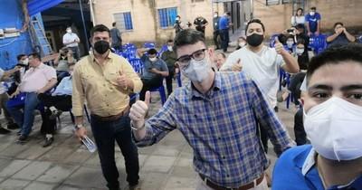 La Nación / Alegre manipula reunión del Directorio del PLRA buscando copar organismo partidario, denuncian