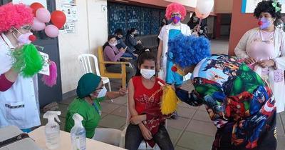 Califican de exitosa la vacunación a adolescentes con comorbilidades