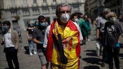 España dice que todo indica la necesidad de una 3a dosis de vacuna contra el Covid