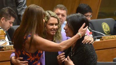 Apoyan ley ante la violencia política contra las mujeres