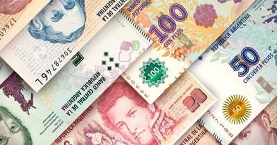 La Nación / El peso argentino se hunde en el mercado paralelo