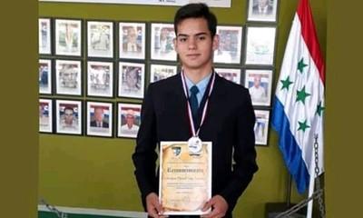 Sebas Cano gana la bronce para Paraguay en Olimpiadas de Matemáticas de Rusia