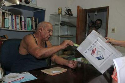 """TSJE aprueba listado de personas habilitadas para el """"voto en casa"""""""