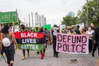 Black Lives Matter vuelve a pedir fin del embargo y denuncia sanciones de Biden sin referir la represión en Cuba