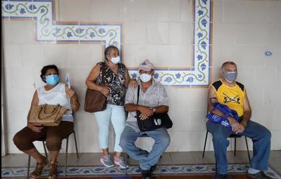 Cuba registra nuevo récord de muertes por Covid-19 en medio de un colapso sanitario