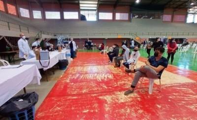 Día A: 2.843 adolescentes recibieron su primera dosis en Alto Paraná