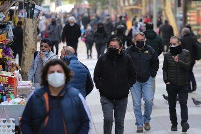 Santiago de Chile disfruta de su primer fin de semana sin cuarentena desde marzo