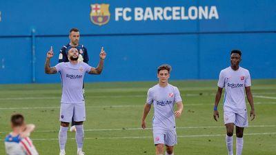 El Barcelona doblega al Girona en un buen debut de Depay