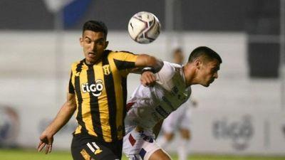 Nacional y Guaraní firman un intenso empate
