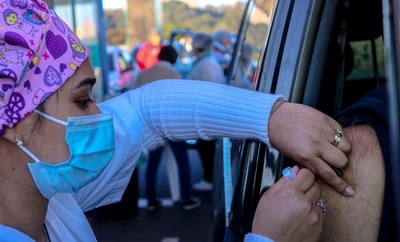 Con más de 14.000 segundas dosis este sábado, vacunados llegan a 1.816.473