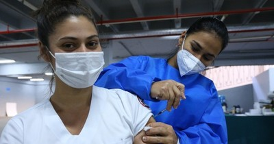 """La Nación / """"Necesitamos vacunar a 5 millones de paraguayos"""""""
