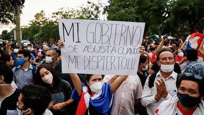 Descontento social y alianzas con chances de tumbar a la ANR en Asunción, según analista