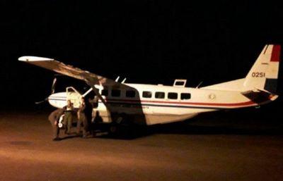 Activistas extranjeros expulsados del país