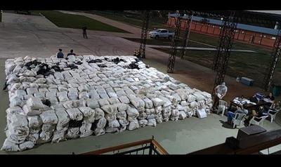 En Paso Barreto, Concepción, la FTC incautó 36 toneladas de marihuana, el mayor cargamento decomisado hasta la fecha