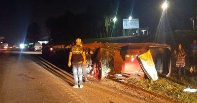 Un muerto y varios heridos en sendos accidentes de tránsito en Alto Paraná