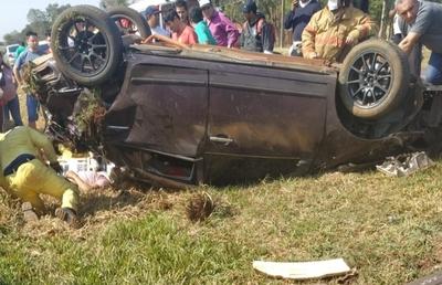 Empleado de lavadero vuelca y destroza vehículo de un cliente en Minga Guazú – Diario TNPRESS