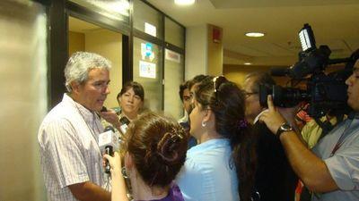 Senador Fidel Zavala hará hoy la prueba de ADN por  filiación