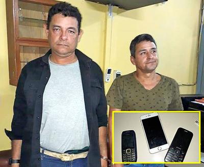 Descuidistas fueron pillados robando en un colectivo