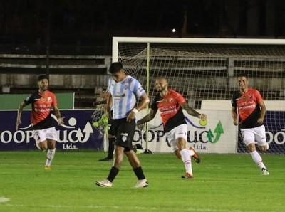 River Plate es sorprendente líder del Clausura