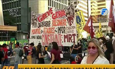 Miles de brasileños piden juicio político para Bolsonaro