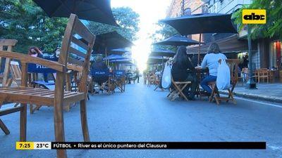 Gastronómicos apuntan a ampliar periodo para sacar mesas a las calles