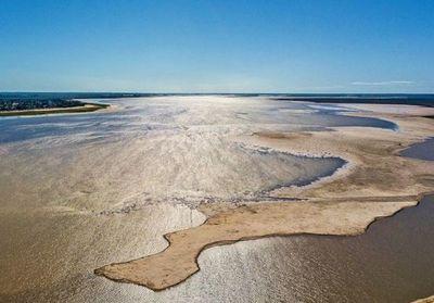 La peor bajante del río Paraná en 77 años