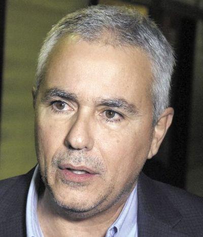 Senador Fidel Zavala ya se hizo la prueba de ADN