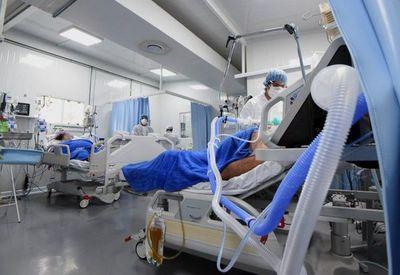 Decenas de camas de UTI dejadas por enfermos de COVID ahora son ocupadas por personas con otras patologías