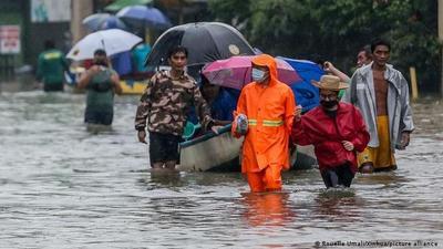 Más de 72.000 desplazados por inundaciones en Filipinas