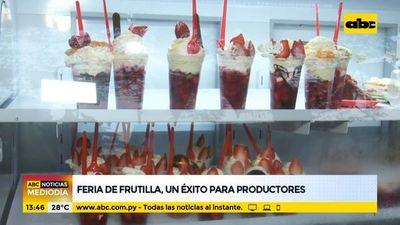 Feria de frutilla, un éxito para productores
