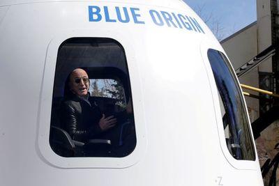 ¡Le gustó! Bezos ofrece $2.000 millones a la NASA por contrato para regresar a la Luna