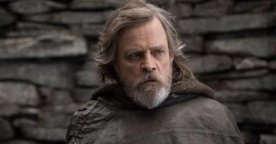 """Mark Hamill revela los cameos secretos que ha tenido en todas las películas de """"Star Wars"""" de Disney"""
