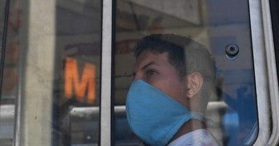 La Nación / ¿Necesitan los inmunizados contra el COVID volver a usar mascarilla?