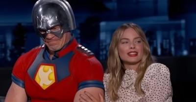 Margot Robbie durmió durante dos años con una imagen a tamaño real de John Cena