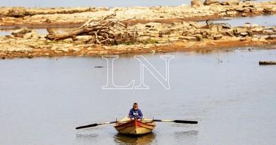La Nación / US$ 150 millones en pérdidas genera falta de navegabilidad del río Paraná