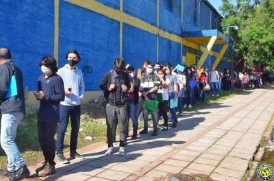Se presentaron 1.400 interesados por 150 puestos laborales en Luque •