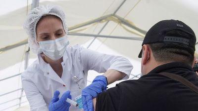 El Ministerio de Salud ruso aprueba un estudio de la combinación de las vacunas Sputnik Light y la de AstraZeneca
