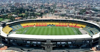 La Nación / Tras pico de COVID, Bogotá reabre estadios y discotecas