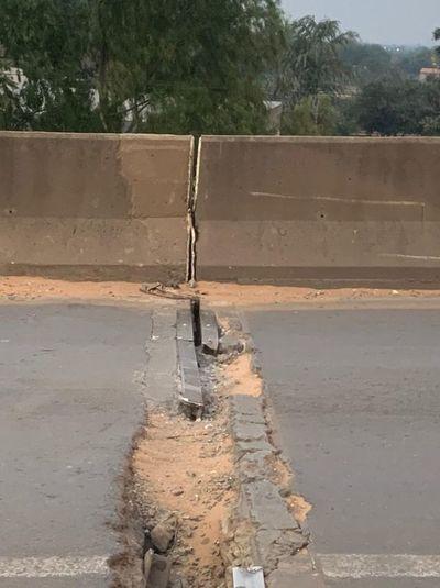Grieta en viaducto de Limpio genera preocupación
