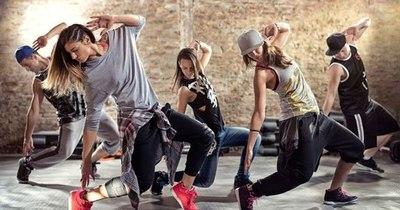 La Nación / Según estudio, el reggaetón  genera mayor actividad cerebral que otros géneros musicales