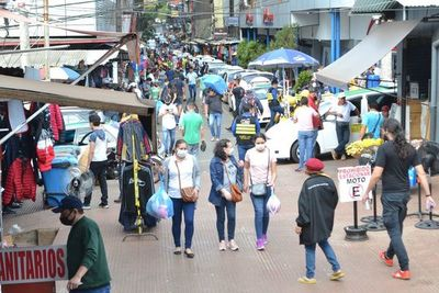 Ciudad del Este: recuperación del comercio con proyección incierta
