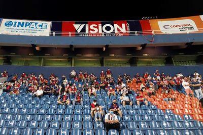 Gobierno extiende mismas medidas sanitarias hasta el 9 de agosto y abren la puerta a estudiar retorno de público a estadios