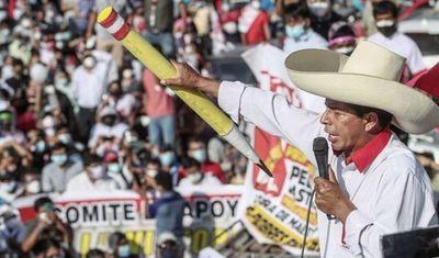 Oposición a Castillo obtiene Presidencia del Congreso en Perú