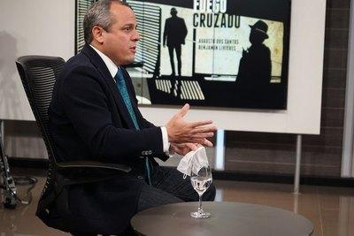 """Crónica / Caso deuda Itaipú: hay """"que ser más patriotas"""""""