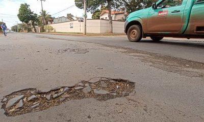 Impugnación de bacheo mal adjudicado hace que obra quede abandonada en barrio San Lucas