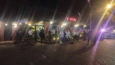 Ataque a tiros a un local gastronómico dejó dos muertos y dos heridos