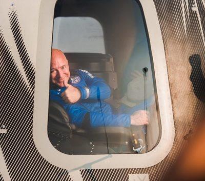 Bezos ofrece a la Nasa incentivos a cambio de contrato para regreso a la Luna