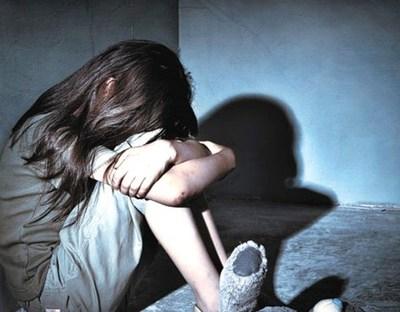 Caso niñas maltratadas: informe preliminar expone el sometimiento de las menores